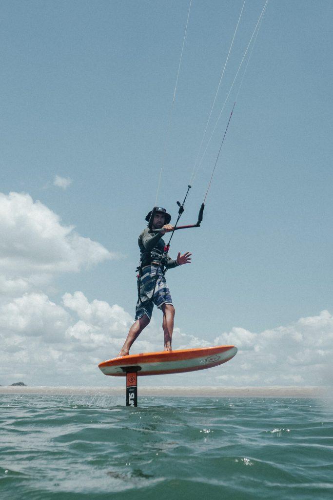 Lee más sobre el artículo Como hacer kite FOIL?
