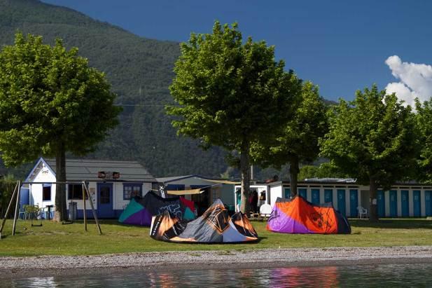 Lake Como kitesurfing school KTS40