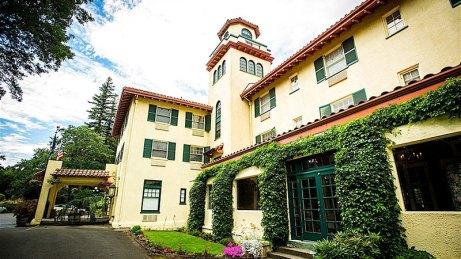 Columbia Gorge Hotel Hood River