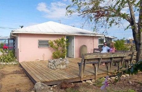Jeff's Resorts - Cayman Islands Accommodation