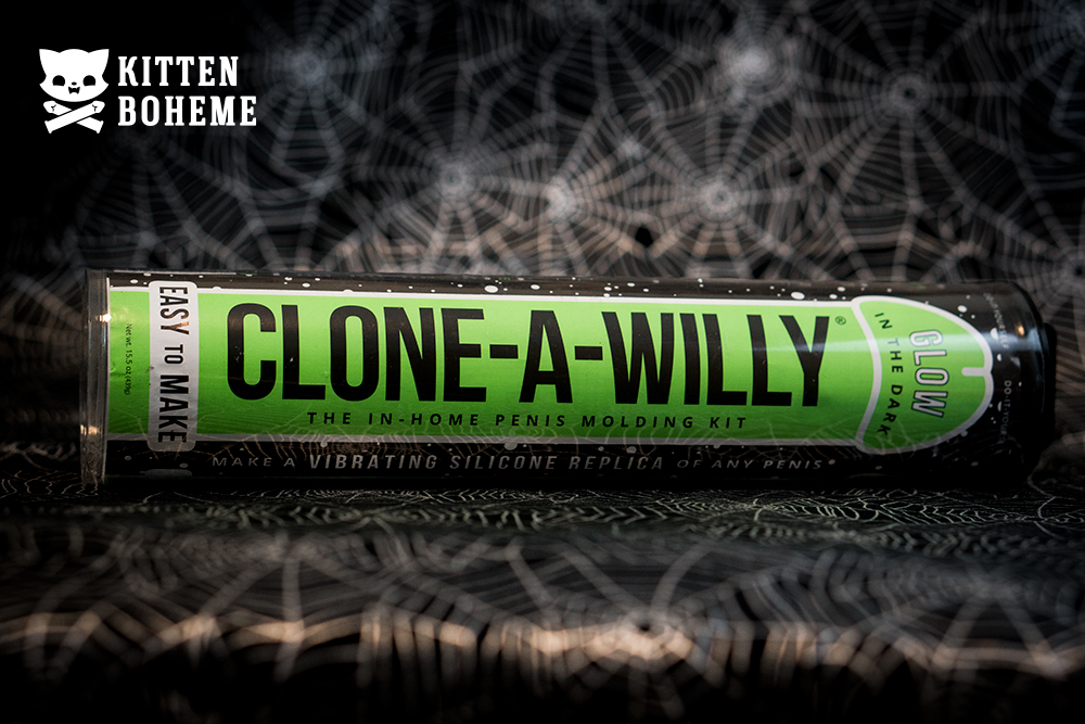 Clone-A-Willy Glow in the Dark Kit Sex Toy Review by KittenBoheme.com
