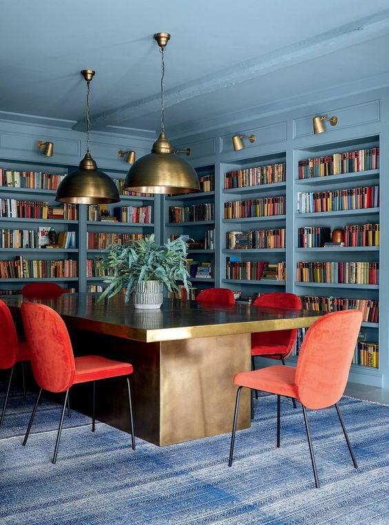 Colourful Blue, Gold and Red Dining Room Decor Inspiration| Blue is a really versatile colour to decorate your home with. But, which colours and tones work well? What kind of accessories work with blue? This post gives you ideas for pulling together an elegant blue colour palette and pieces for your home. Read more: kittyandb.com #blueroom #diningroom #red #colourfulhomedecor #bluecolorpalette #blueaesthetic