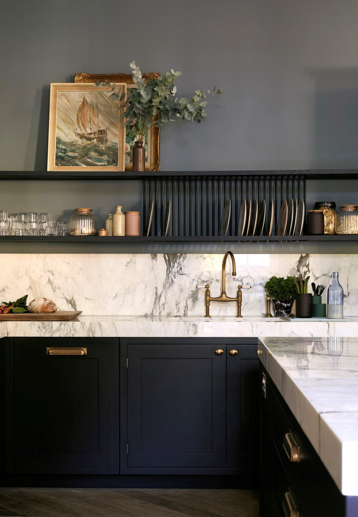 Two Tone Blue and White Kitchen Room Decor Inspiration| Blue is a really versatile colour to decorate your home with. But, which colours and tones work well? What kind of accessories work with blue? This post gives you ideas for pulling together an elegant blue colour palette and pieces for your home. Read more: kittyandb.com #blueroom #kitchen #railings #denimes #BlueAndWhite #colourfulhomedecor #bluecolorpalette #blueaesthetic