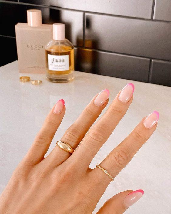 Pink Ombre Pink French Manicure Tips | We love a classic French manicure, it's elegant and timeless. But, we also love classic with a twist. Here are all the alternative French manicure styles you need | www.kittyandb.com #PinkAesthetic #PinkNails #NailArt #French #Tip #Ombre