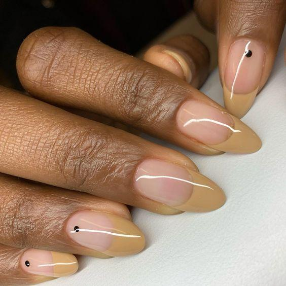 Brown Neutral French Manicure | We love a classic French manicure, it's elegant and timeless. But, we also love classic with a twist. Here are all the alternative French manicure styles you need | www.kittyandb.com #Brown #BrownNails #NailArt #French #Tip #FrenchManicure #Nails #BrownSkin