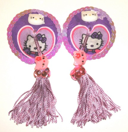 https://i2.wp.com/www.kittyhell.com/wp-content/uploads/2008/10/hello-kitty-nipple-tassels-1.jpg