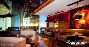 restaurants-bars--v1043170-10-w688