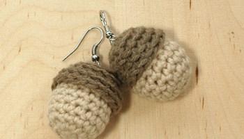 Crochet strawberry earrings pattern kittying crochet pattern crochet pattern chipmunks an acorn earrings ccuart Gallery