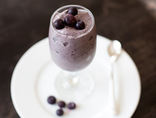 Blueberry chocolate protein smooth