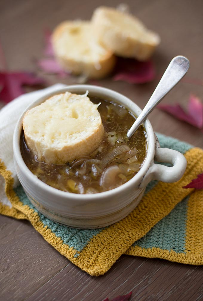 Quick and Easy French Onion Soup: Red onions, leeks and carrots give this recipe an incredible flavor. Top with cheesy bread for the perfect, quick supper.