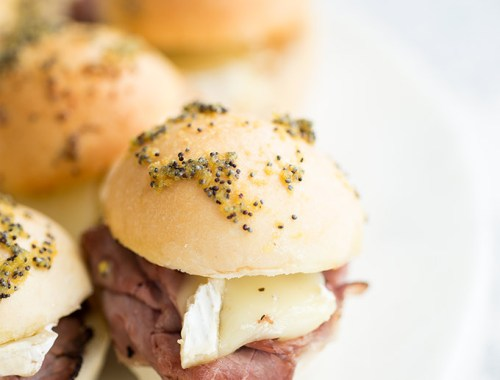 Roast beef, brie and pepper jelly sliders! Add some melted herb butter and a quick cook in the oven for a delicious hot sandwich!