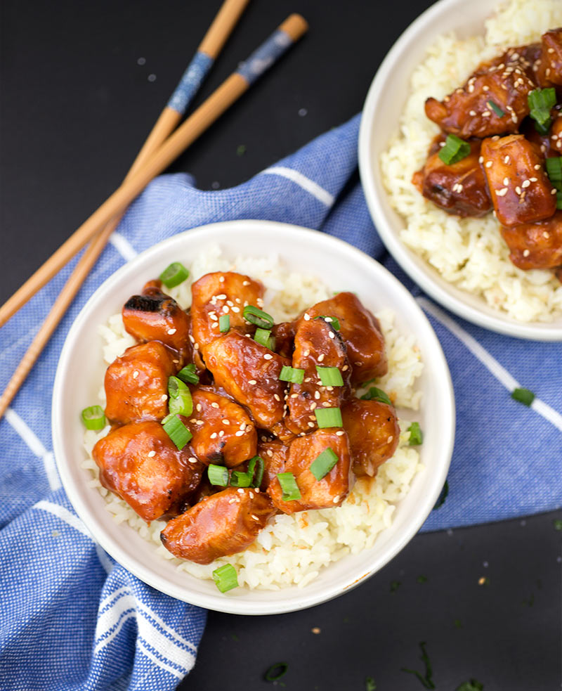 Instant Pot Orange Chicken - juciy, tender chicken pieces in a sticky, citrusy sauce. A yummy Asian meal that comes together in less than an hour!