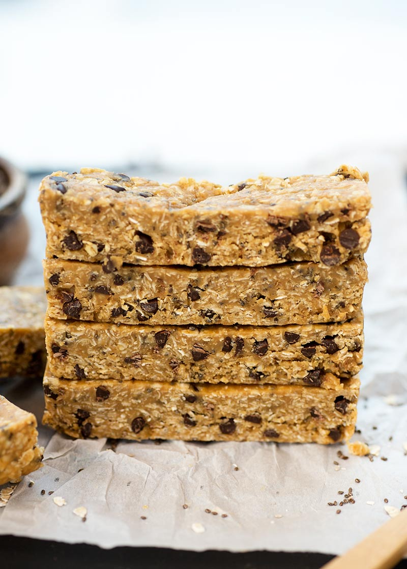 Easy Chocolate Chip Chewy Bars - delicious homemade chocolate chip energy bars made from healthy ingredients like oats, chia seeds and nut butter.