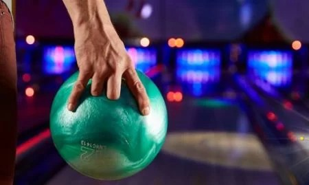 Things to do in Wellington - Kapiti 10 pin bowling
