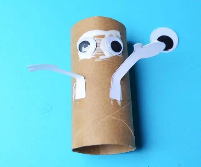 toilet_roll_craft_halloween_mummy_Eye_arms