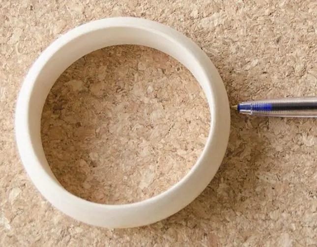 wooden braclet pen holder circle