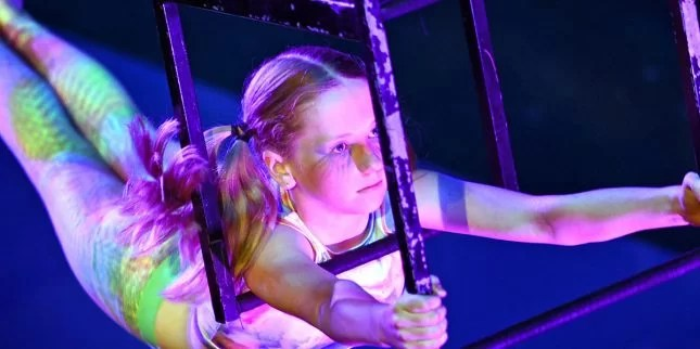 Circus School-Physical Strength and Creativity