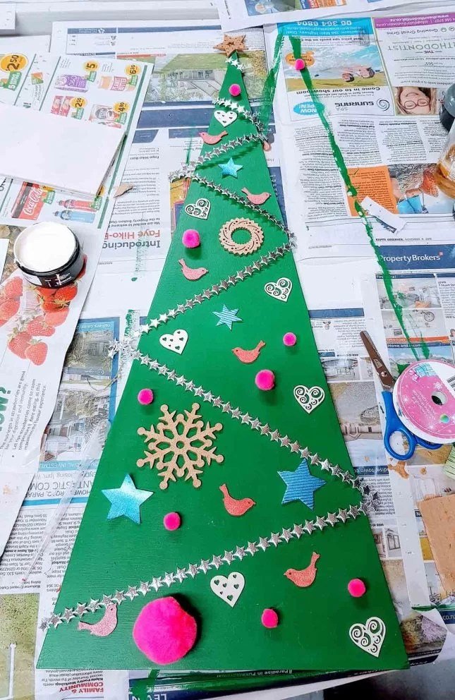 DIY christmas tree flat lay tree
