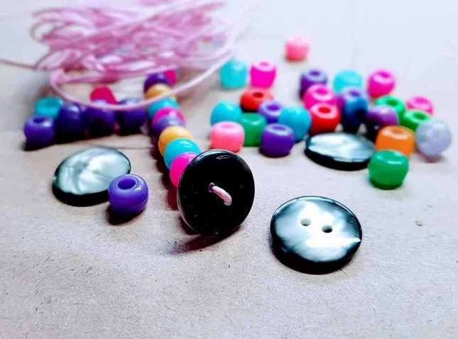 Unicorn button and beads