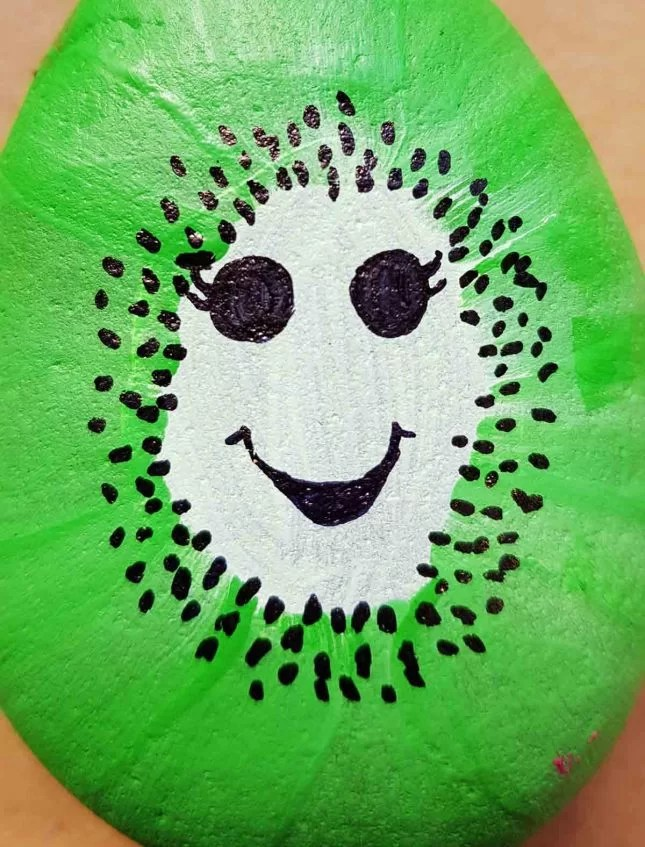 How to make Painted stones - Fruit characters kiwi face