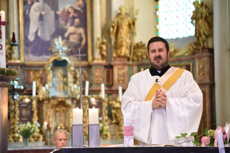 Diakon Manuel predigt bei Jugendvigil im Juli!