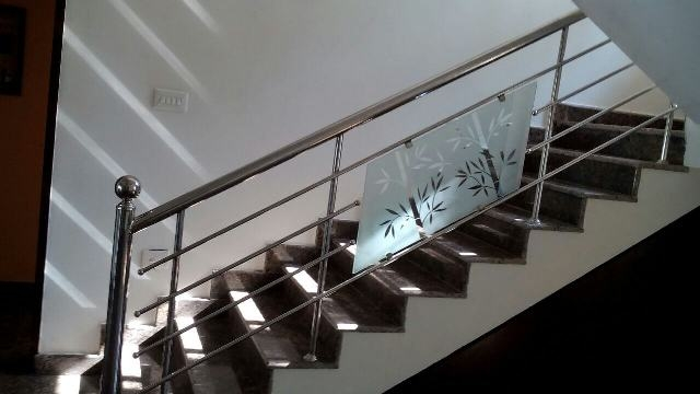 Stainless Steel Staircase Handrail Designs In Kerala India   Steel Handrails For Stairs   Glass   Hand   Stainless Steel   Metal   Wall Mounted