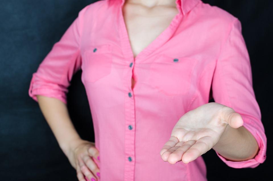 Fjerne deodorant-flekker fra kjole eller skjorte - Et godt tips