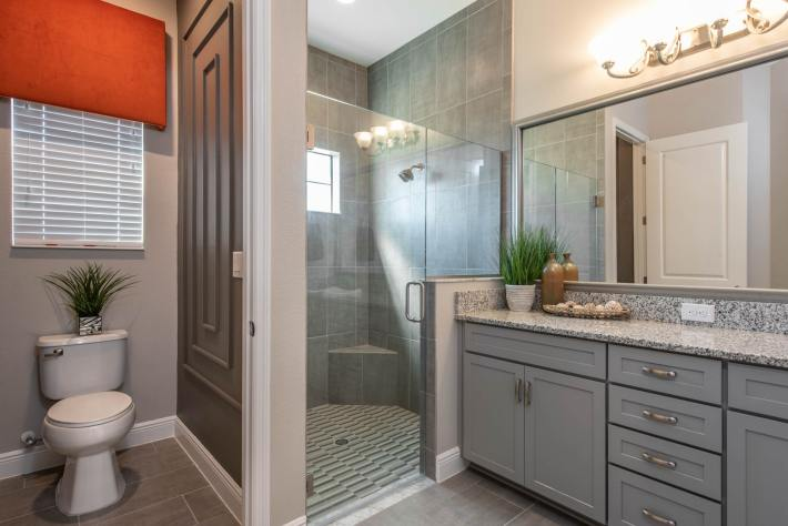 Bathroom Interior Design 10-2019-12