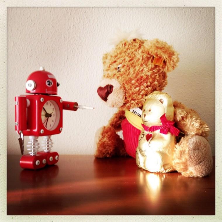 Knopf, Mr. Robot si ursuletul de ciocolata