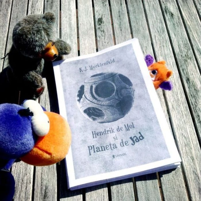 trei pufoși și Planeta de Jad