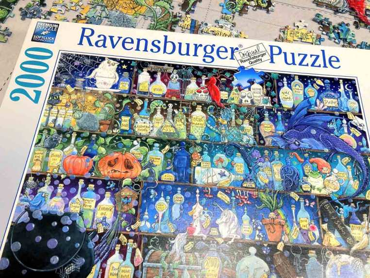 Poisons and Potions - Ravensburger - 2000 piese