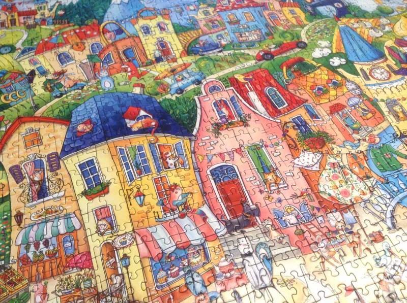 Happy Town - Rita Berman - Heye Puzzle - detaliu