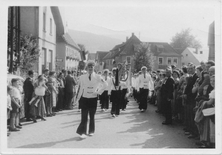 Alte Zeiten -KJV um 1960 in Michelbach (1)