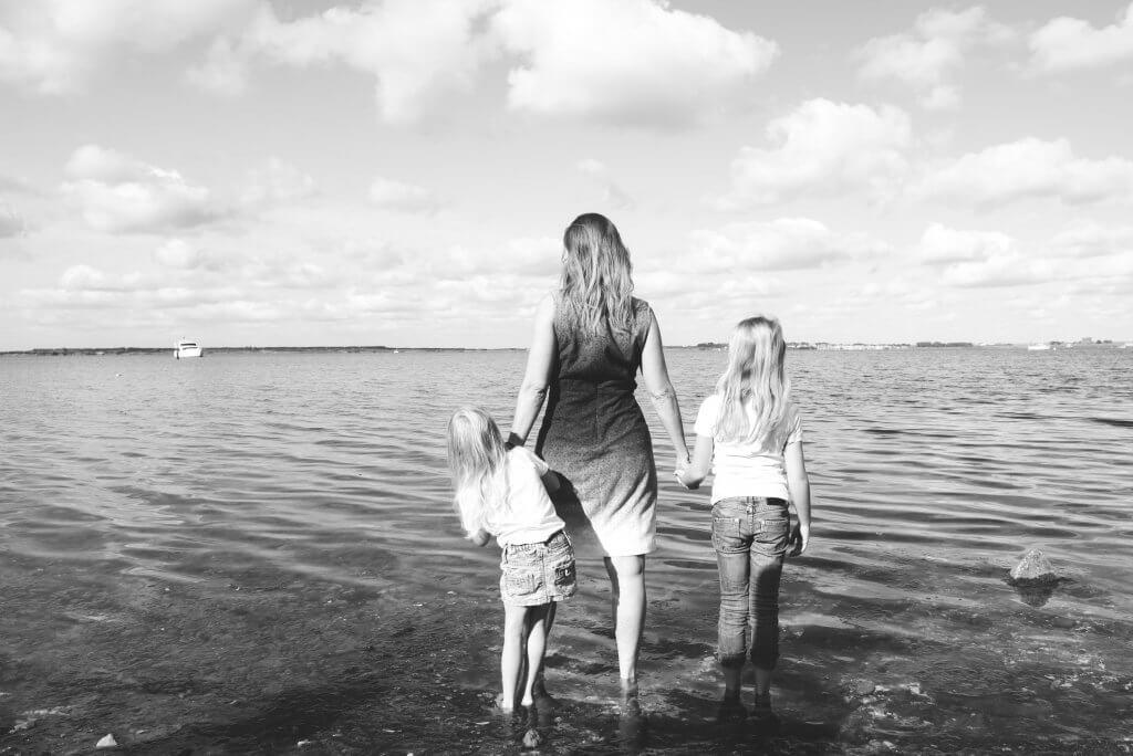 familiefoto's aan het strand