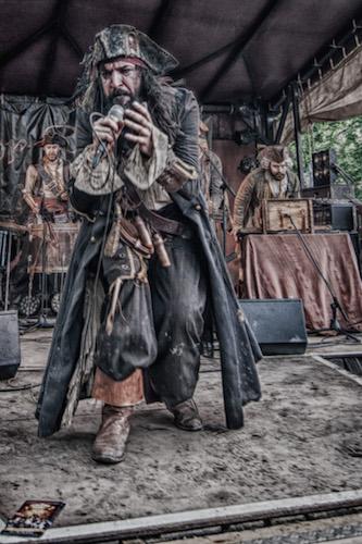 Pirates, Jülich, Werbung
