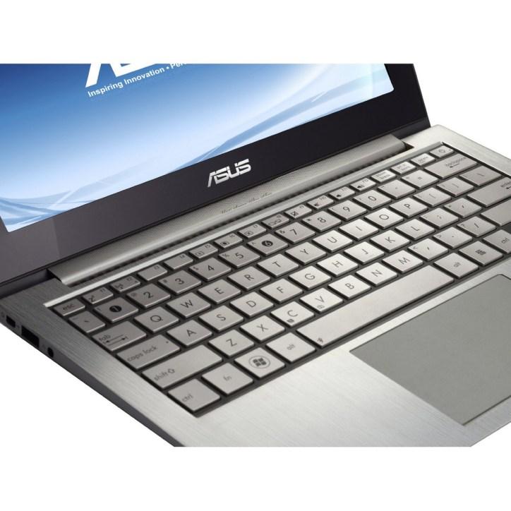 Asus Zenbook UX21E-DH52 5