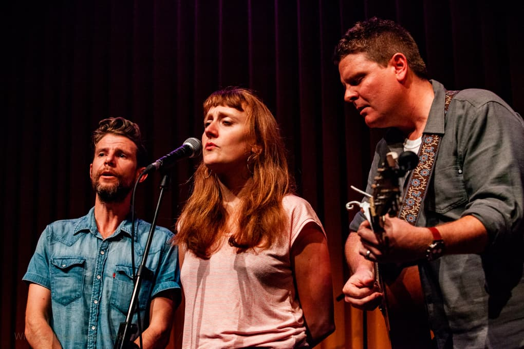 Amanda Anne Platt & The Honeycutters echte countryband