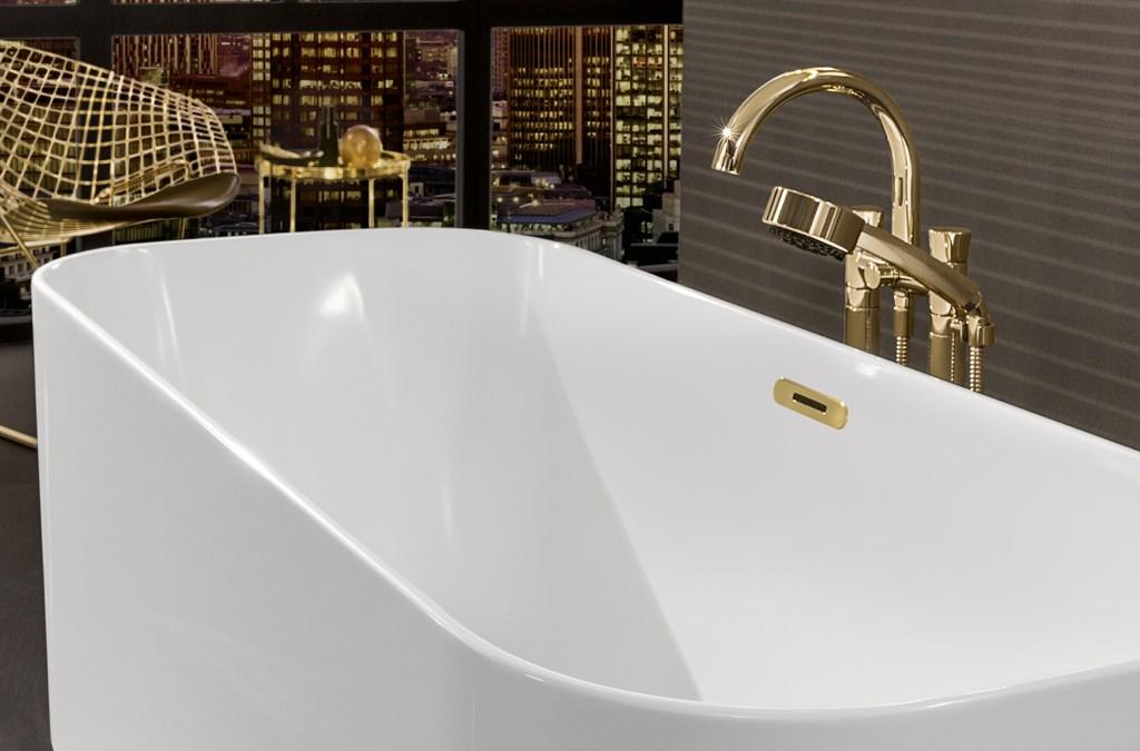 Modernes Luxusbad: Badewanne von Villeroy & Boch als Highlight