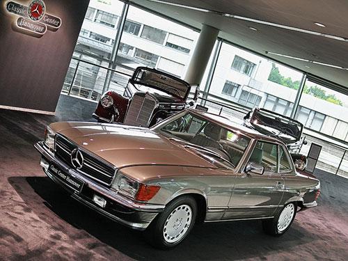 10 Bin Km.de 1987 Mercedes-Benz R107 500SL Roadster SATILDI