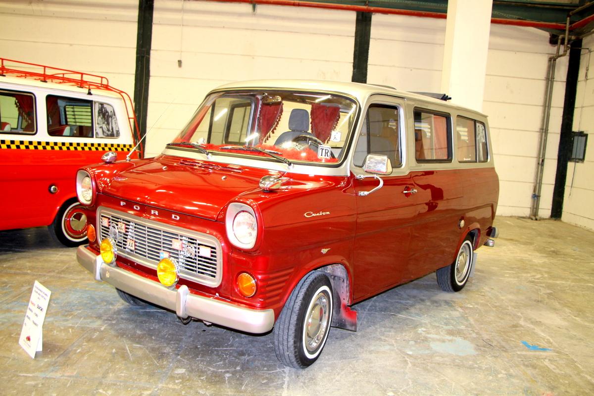 Satılık Mk1 Ford Transit Minibüs - Klasik Otomobil Dünyası