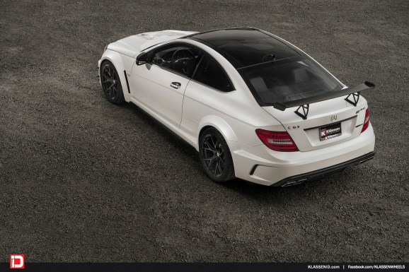 Mercedes-Benz-C-W204-C63-AMG-Black-Series-M52R-4