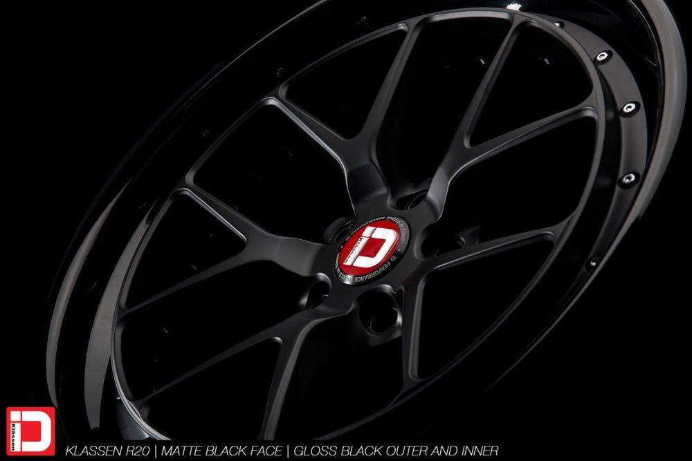 klassenid-wheels-r20-matte-black-face-gloss-black-lip-chrome-hardware-4