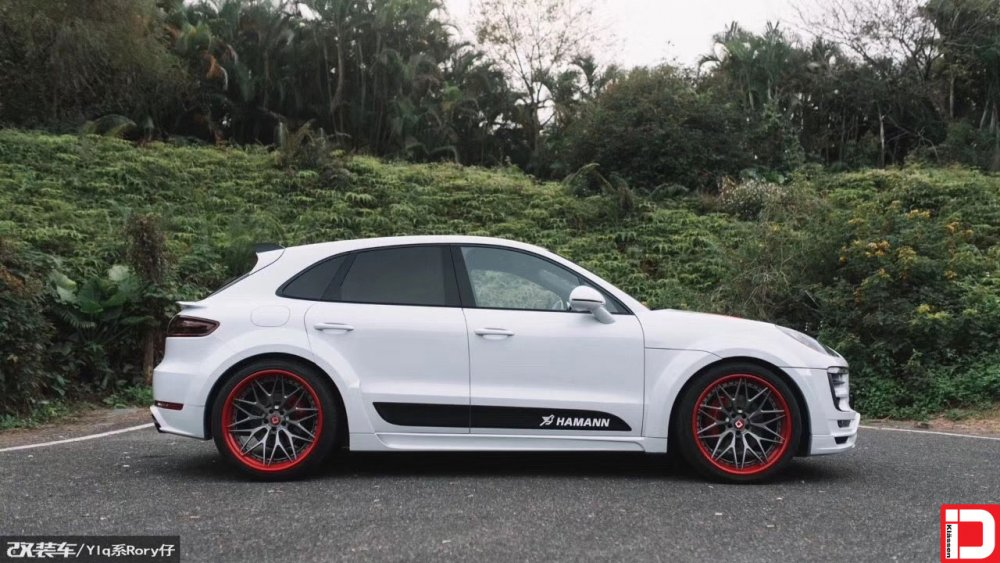 porsche-macan-klassen-cs10x-brushed-grigio-center-color-matched-red-outer-and-hardware-4