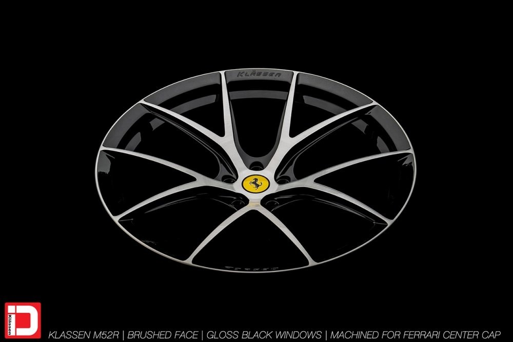 KlasseniD Wheels M52R – Brushed with Gloss Black Windows 5