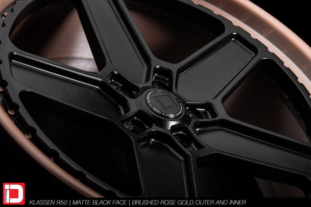 klassenid-wheels-r20-matte-black-face-with-brushed-rose-gold-lip-7