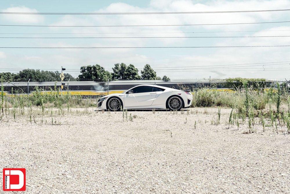 Acura NSX – KlasseniD M15 – Gloss Anthracite 1