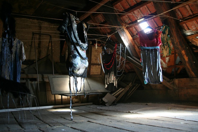 How To Declutter Your Attic