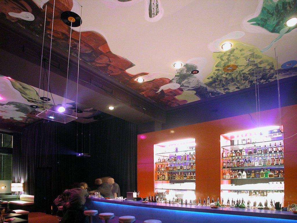 Klaus Killisch, ceiling @ Bar ambulance, Berlin, 2002