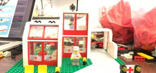 LEGO 6380 Centro di trattamento delle emergenze 16-9 by Stephen Kleckner