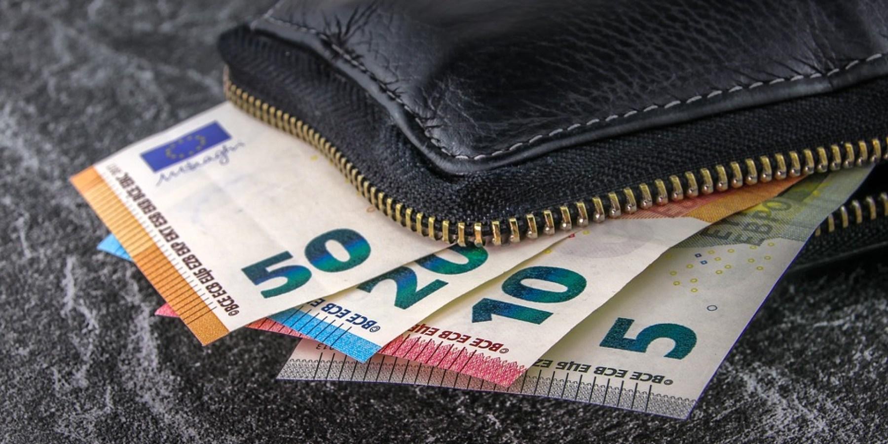 Angetanzt und Geldbörse gestohlen